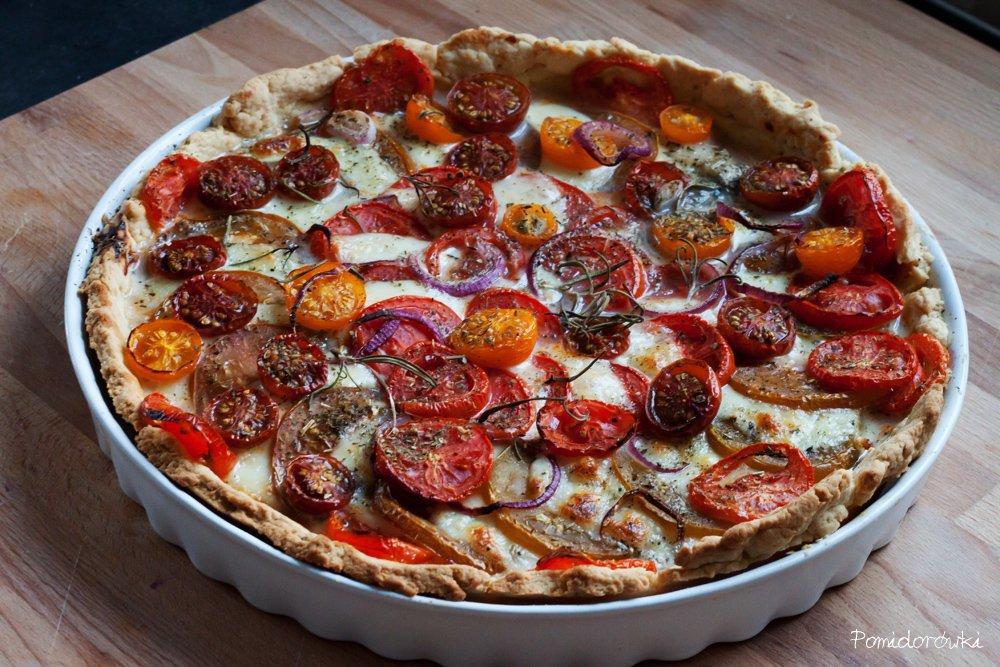 tarta z pomidorami mozzarellą