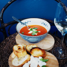 ASAPowy krem z pomidorów i papryki przygotowny z dodatkiem białego wina